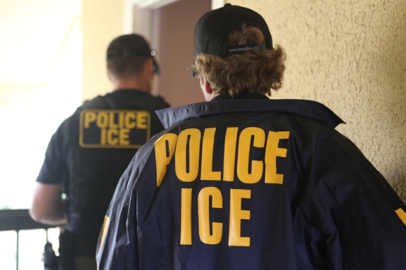 ICE Clears Itself of Misconduct in Internal Investigation, Draws Ire from Immigrant Rights Groups